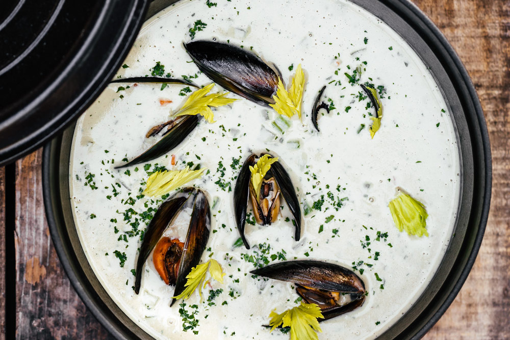 Recipe image of a mussel stew