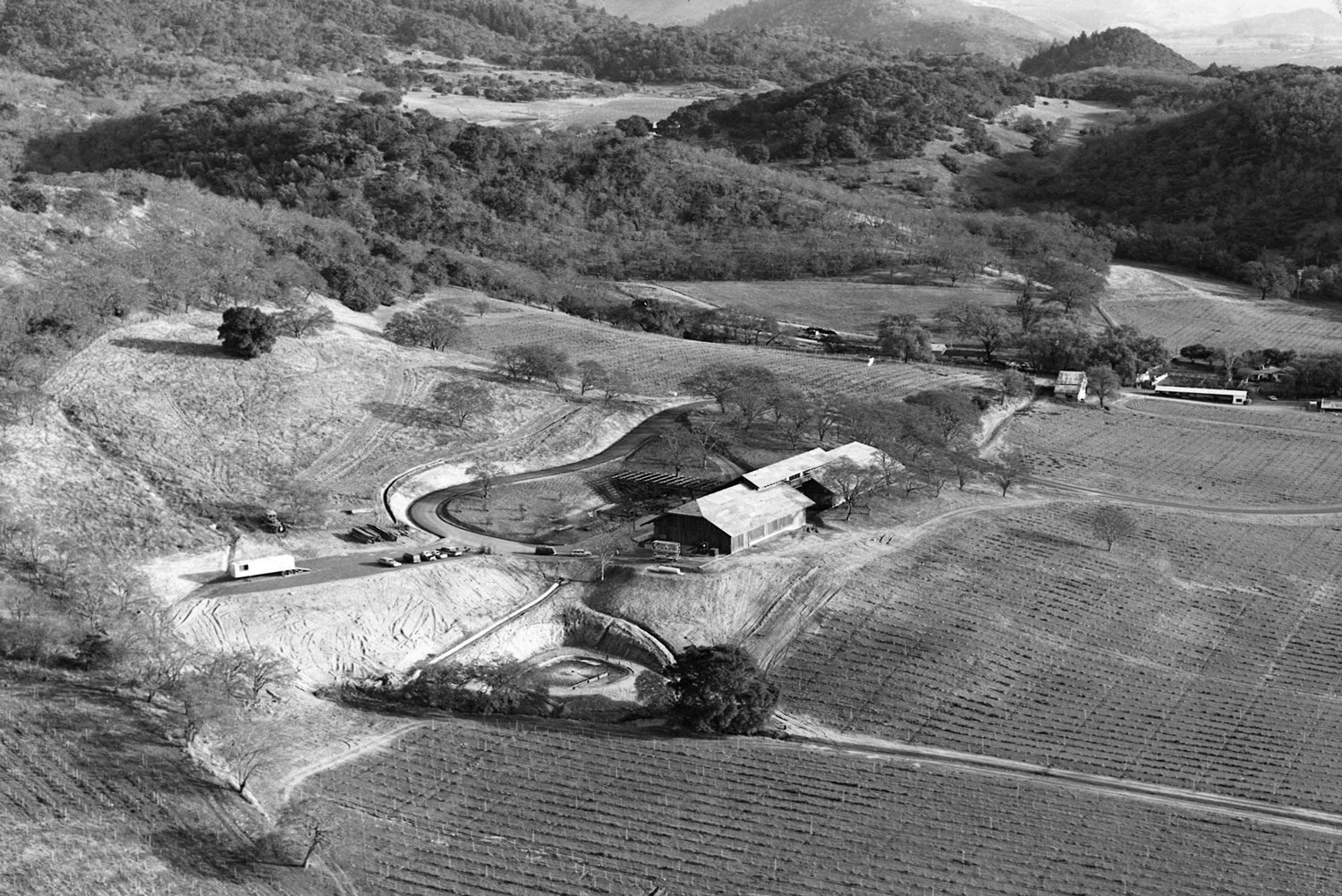 Historical image of the Joseph Phelps winery being built in 1974